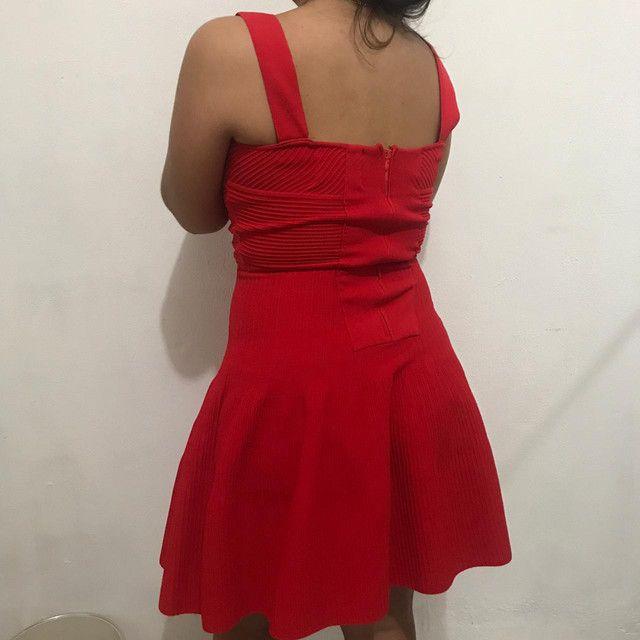 Vestido vermelho (NUNCA USADO) - Foto 2