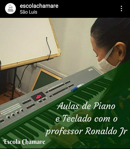Aula de Piano - Escola Chamare