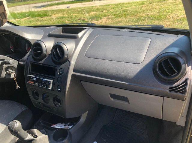 Ford Fiesta Hatch Rocam1.0 2013 completo!! - Foto 6