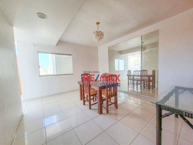 Apartamento com 3 Quartos em Itapuã - - Foto 3