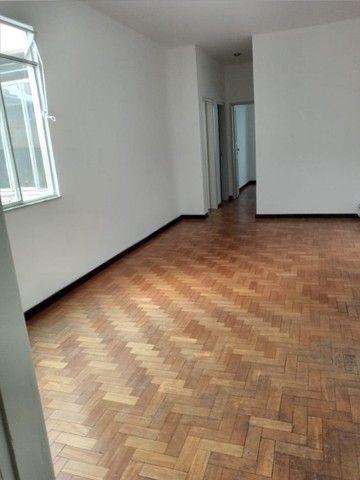 Apartamento três quartos - Foto 2