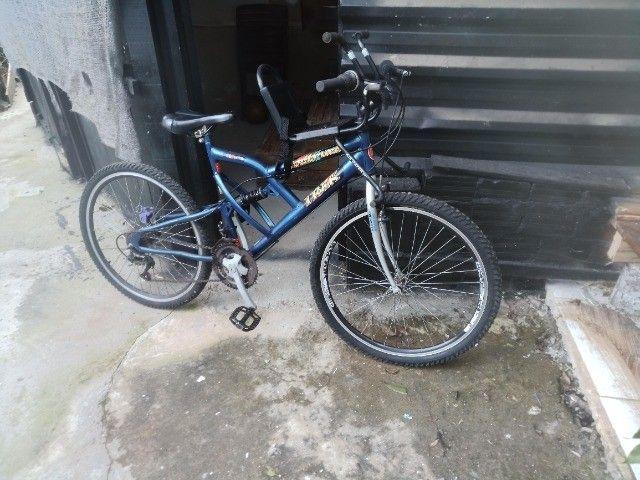 Bicicleta com suporte para criancas freio a disco - Foto 2