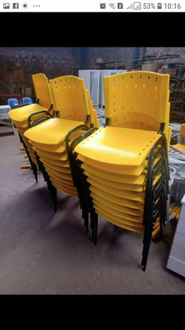 Cadeiras  izo novas