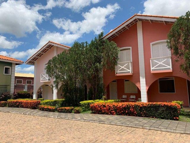 Aluga-se duplex em condomínio fechado no Bairro Lagoa Seca, próximo as faculdades.