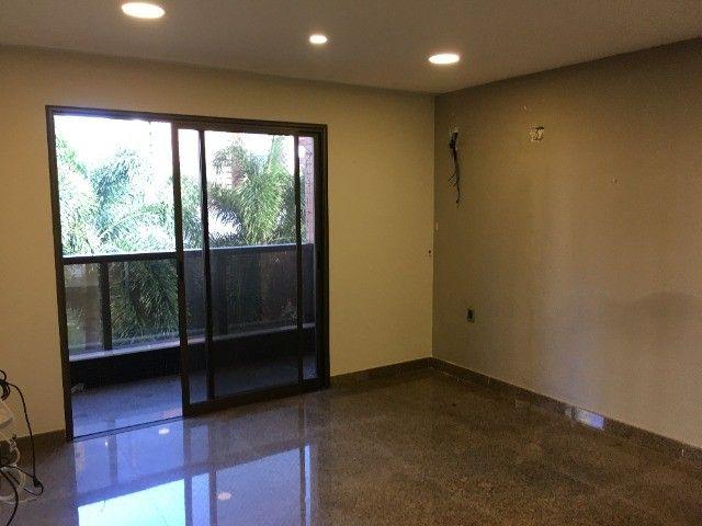 Alugo Magnífico Apartamento de Luxo- Um por Andar- 320m2- Ed. Casa Rosa- Aldeota - Foto 15
