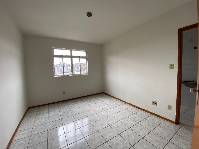 Apartamento 03 Quartos (suíte), sala, bh social, cozinha com área e 01 vaga  - Foto 5