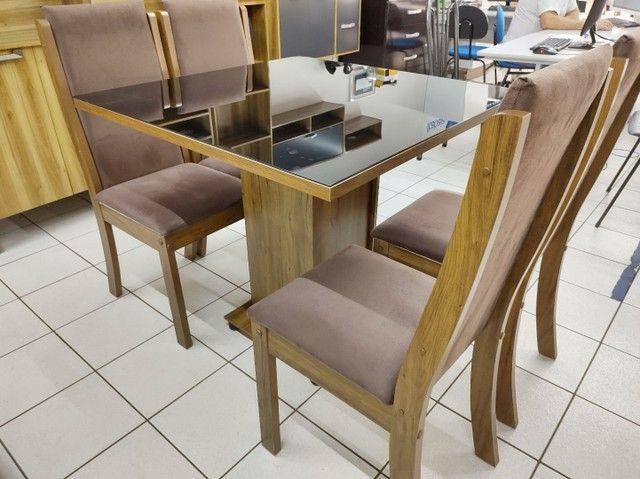 Mesa com 4 Cadeiras 100% MDF. Tampo de vidro - Foto 2