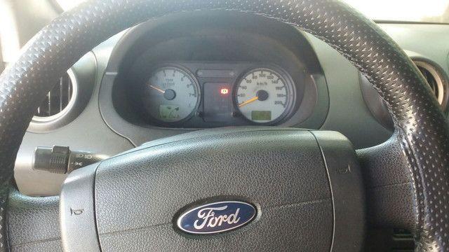 Vendo ford fiesta hatch 2004 - Foto 4