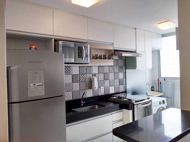OPORTUNIDADE - Lindo apartamento 2 quartos com suíte - Armários planejados em Abrantes, Ca - Foto 8