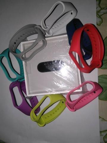 Mi Band 3 + 2 pulseiras coloridas