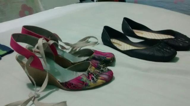Dois calçados por 30reais os dois