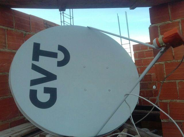 Antena parabólica GVT