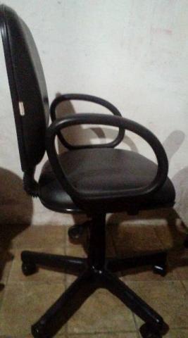 Cadeira escritorio( diretor) executive