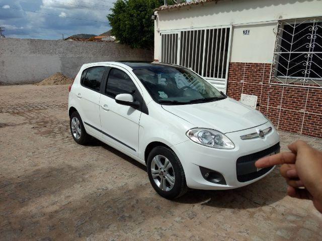 Fiat Palio Attractive 1.4 - (Carro de Mulher)