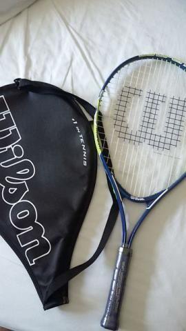 Raquete de tênis Wilson nova