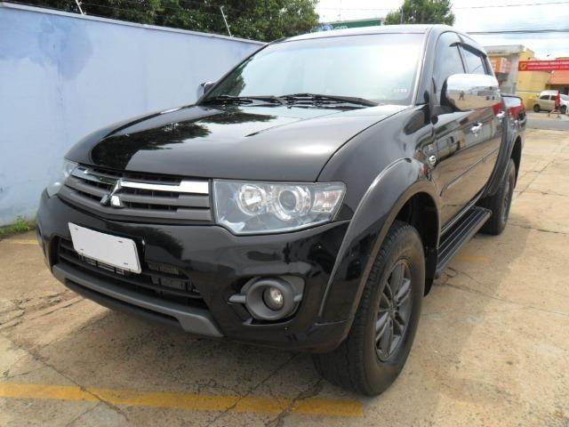 Mitsubishi L200 Triton Hpe 3.2 CD tb Int.Diesel Aut-