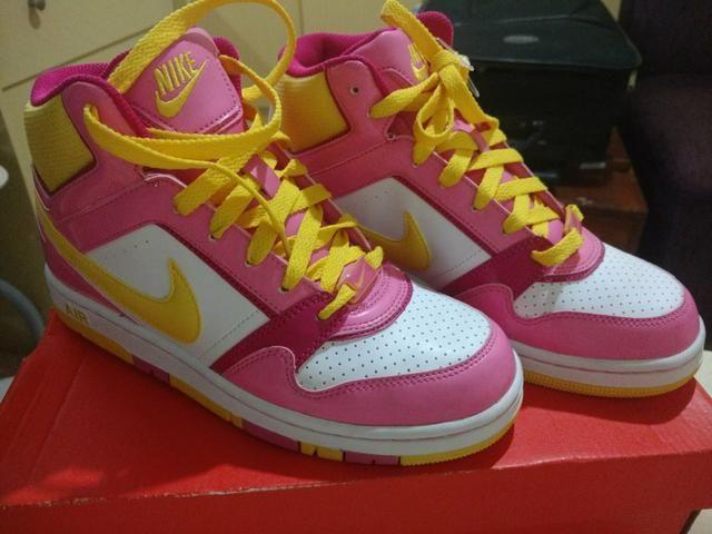5f80ea402c Tênis Nike Botinha (Praticamente novo) - Roupas e calçados ...