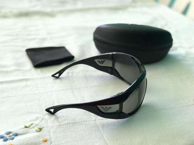 d75870fc9 Óculos de Sol Giorgio Armani Original - Unissex - Bijouterias ...
