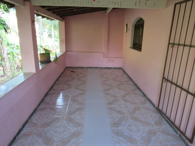 Caetano Imóveis - Sítio com 3.000m², com casa sede de 3 quartos e muito verde (confira!) - Foto 4