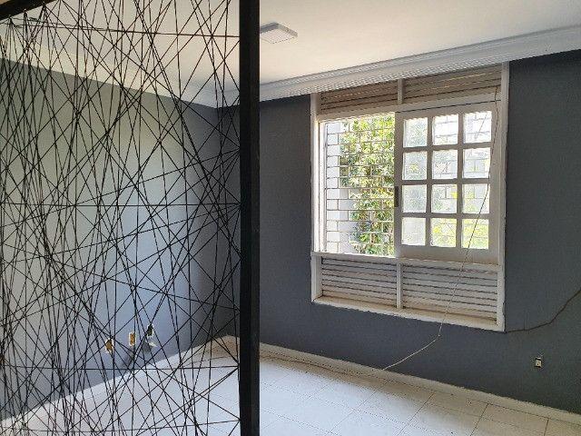 Excelente casa de 5/4 com 4 suites próxima ao Emec , FAT, Hotel Acalanto e Banco do Brasil - Foto 13