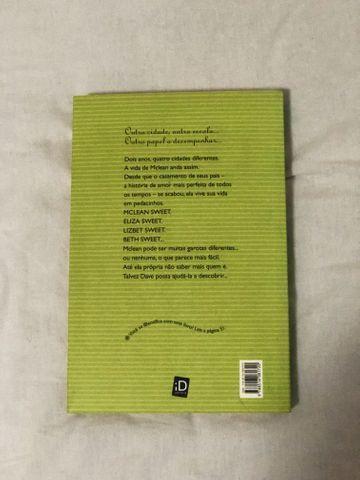 Livro O que aconteceu com o adeus - Foto 2