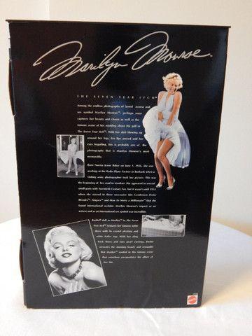 Barbie Marilyn Monroe - Pecado Mora Ao Lado (na Caixa) - Foto 2