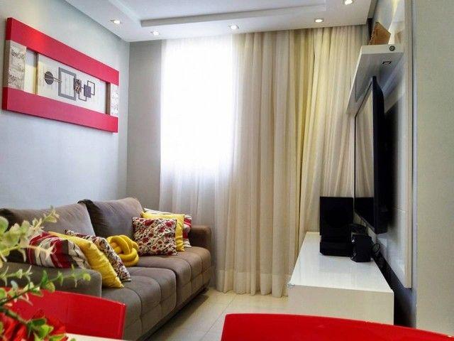 OPORTUNIDADE - Lindo apartamento 2 quartos com suíte - Armários planejados em Abrantes, Ca