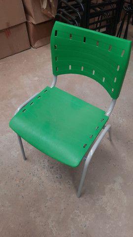 Cadeiras  izo novas  - Foto 2