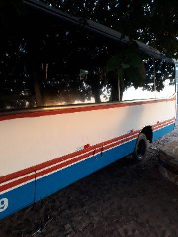 Micro ônibus sênior 2000