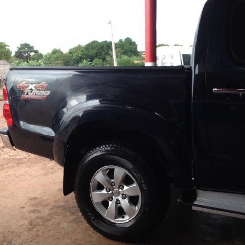 Toyota Hilux Hilux srv 2012 automática diesel 50 mil km