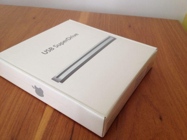SuperDrive USB Apple - Lacrado (unidade óptica externa e compacta)