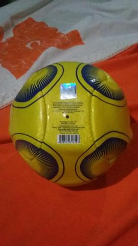 Uma bola
