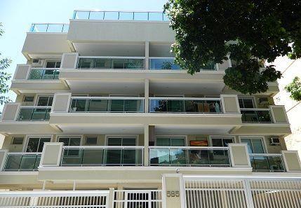 Show excelente apartamento com varanda 2 quartos ( 1 suíte )e 1 vaga de garagem