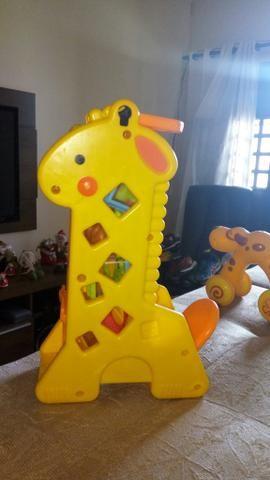 Girafa toca fisherprice
