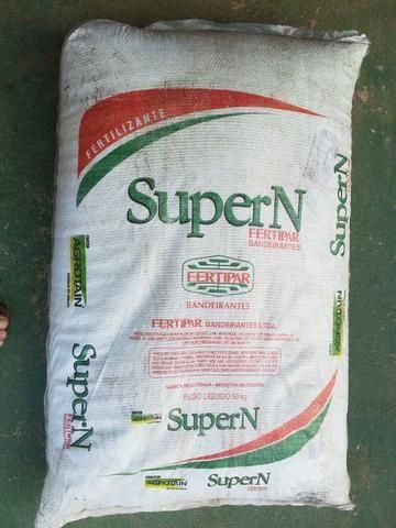 Fertilizante Nitrogênio granulado 45.00.00 saca 50 kg adubo uréia