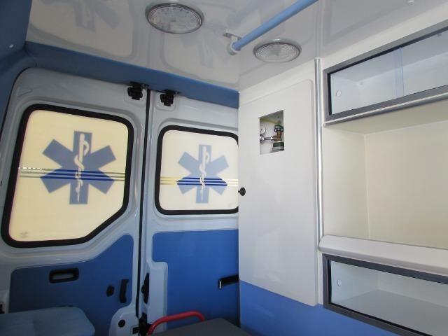 Renault Master Ambulância L1H1 - Foto 12