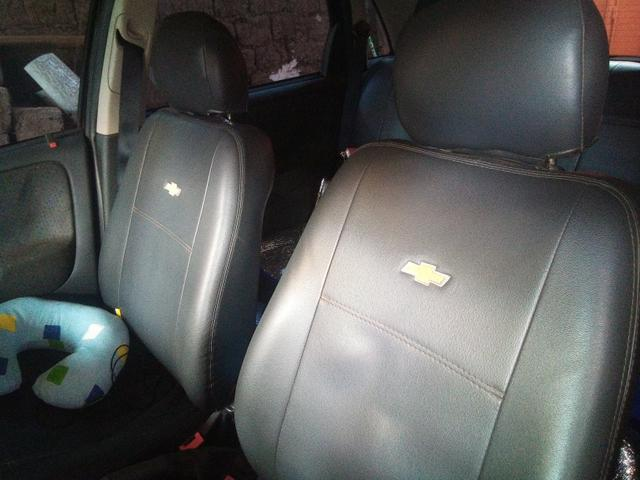 Corsa Hatch 4 portas 1.4 flex negro - Foto 5
