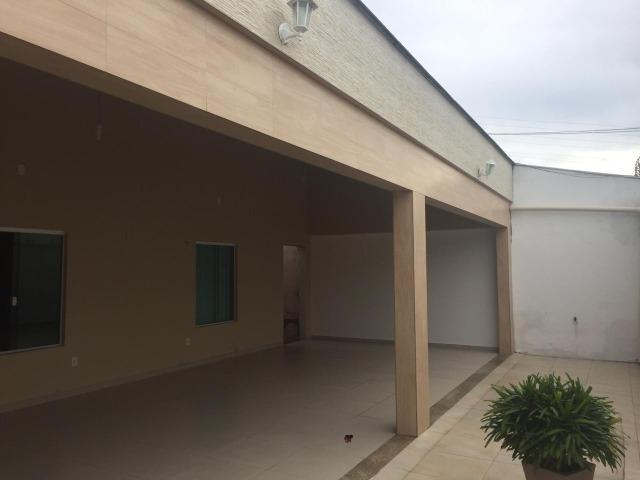 Excelente casa no Cohajap, 03 quartos, excelente localização - Foto 6