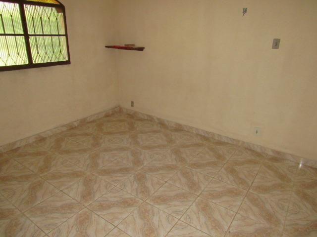 Caetano Imóveis - Sítio com 3.000m², com casa sede de 3 quartos e muito verde (confira!) - Foto 8