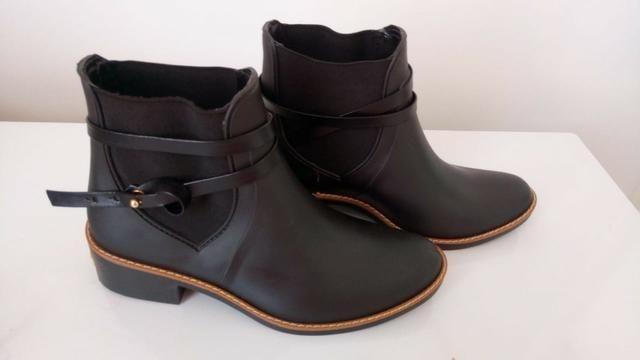 466fb620b Bota Chelsea Colcci Tiras Preto - Tam. 35/36 - Roupas e calçados ...