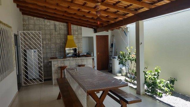 Casa mobiliada com piscina - Foto 4