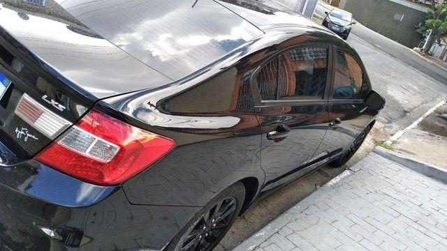 Honda Civic ano 2012 modelo 2013 - Foto 2