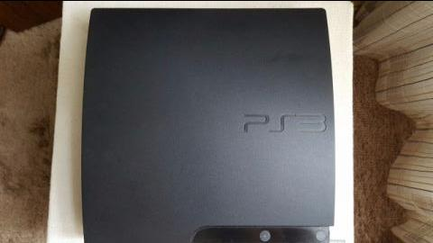 Playstation 3 pouco uso