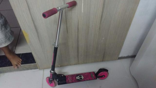 Patinete Monster High