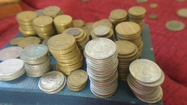 Grande lote de moedas