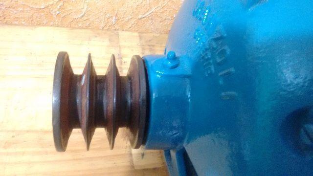 Motor trifassico 2 cv voltagem 220/380 1135 rpm