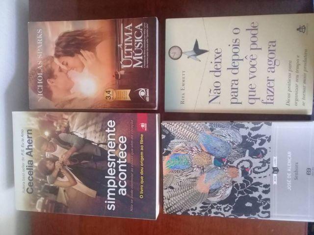 4 livros por 40