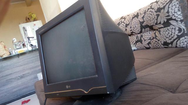 Monitor tela plana LG 14