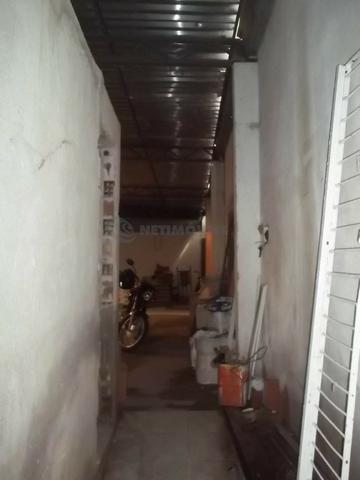 Lojão com Área de 180 m² para Aluguel no Caminho de Areia (767904) - Foto 6