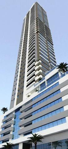 Apartamento na melhor localização de B. Camboriú, 3 suítes, 2 vagas, Lazer completo - Foto 2